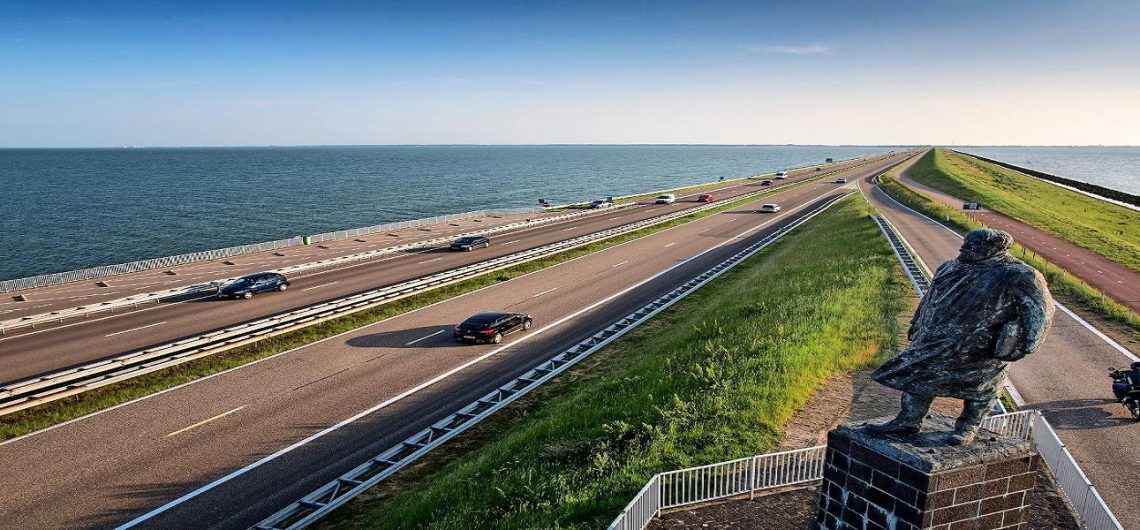 almere dikes - the dijken of flevoland - almere tours